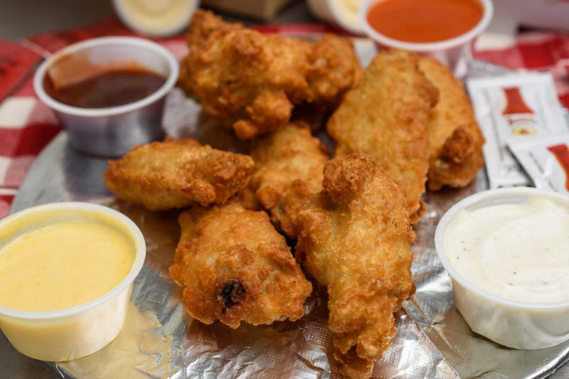 8 Wing Dinner